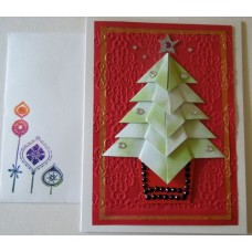 Green Xmas tree_red embossed background